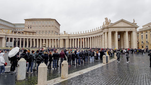 You wait about one hour to get into the Basilica
