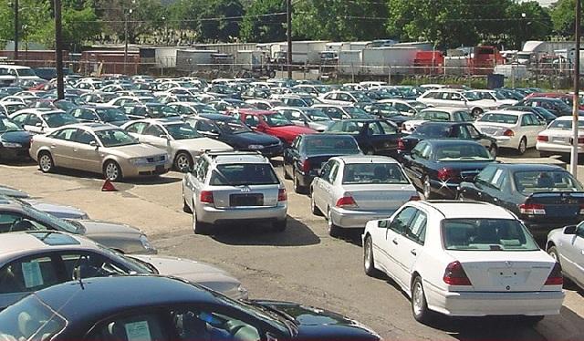 «Τρελές» ευκαιρίες σε Δημοπρασία - Αυτοκίνητα από 400€ και μηχανές από 100€