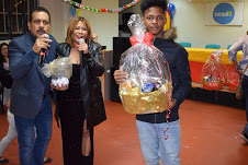 Dominicanos residentes en Madrid celebran fiesta de fin de año.
