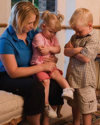 Membiasakan Bayi pada Rutinitas