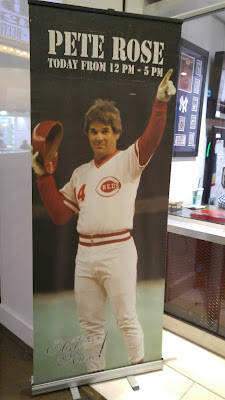 Pete Rose personal appearance sign