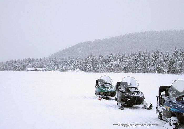 Laponia: motos de nieve