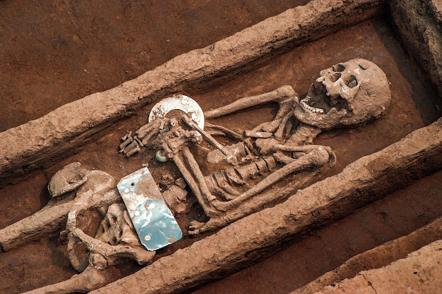 Archaeologists recover remains of 5,000 year old 'giants' in China
