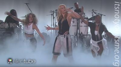 Iggy Azalea Performs 'Team' on Ellen