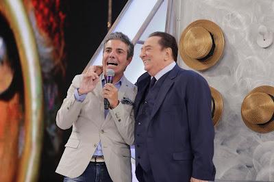 João Kléber e Raul Gil  (Crédito: Rodrigo Belentani/SBT)