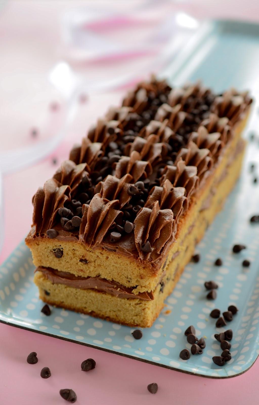 Sokeriton Suklaakakku