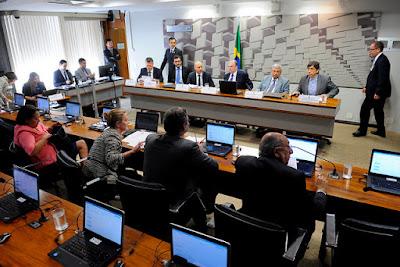 PSDB dá golpe criminoso contra os trabalhadores no projeto da reforma trabalhista