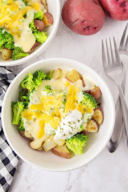 These cheesy broccoli potato bowls are a delicious meatless meal that's easy to make and perfect for a busy weeknight!