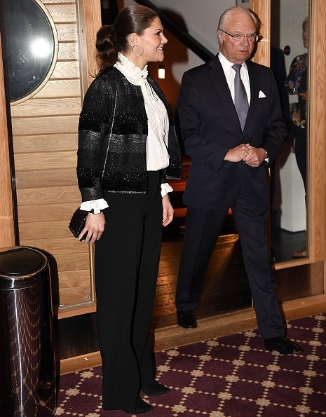 Crown Princess Victoria attend National Conference at Högfjällshotell in Sälen. Af Klingberg rakel boots, blue blazer
