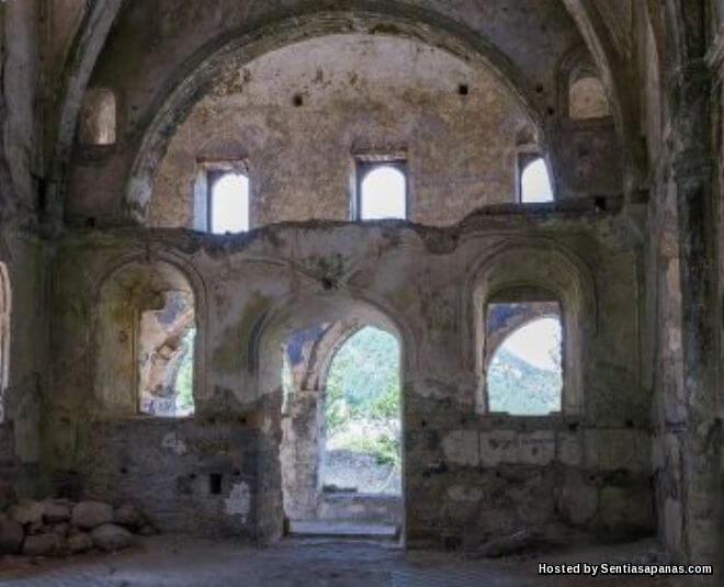 Merungkai Misteri Kota Berhantu Kayakoy Di Turki