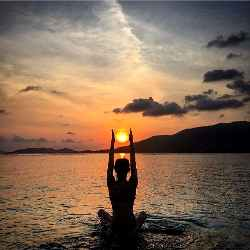 Yoga for Beginners: Simple Yoga tips to Calm Your Mind