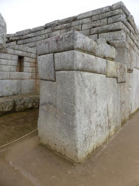 Machupicchu, piedra de los 32 ángulos
