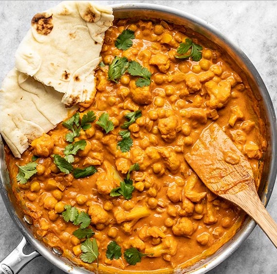 EASY CAULIFLOWER AND CHICKPEA MASALA