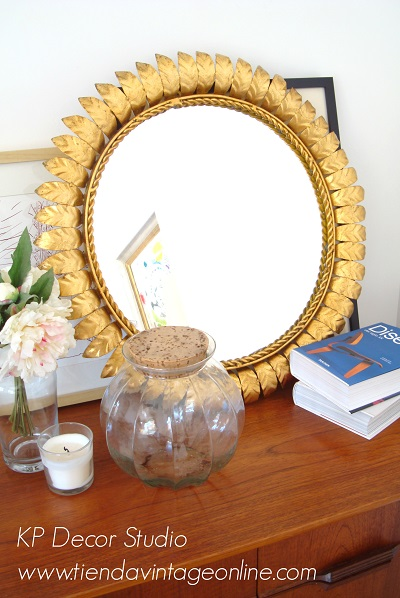 Espejo sol vintage dorado con pan de oro