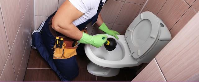 Comment déboucher vos WC et vos toilettes vous-même ?