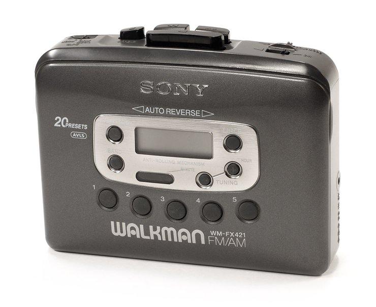 1- Walkman -eski teknoloji