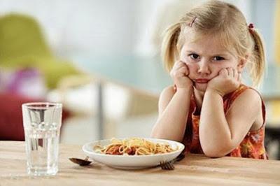 Bé mới ốm dậy nên ăn gì? BoniKiddy giúp bé ăn ngon miệng không lo ốm vặt