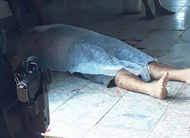 Dono de bar é assassinado com vários golpes de faca