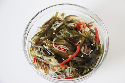 Chineser food - Salad of seaweed and vermicelli