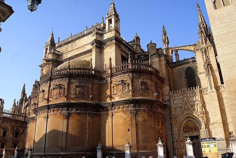 Leyendas de sevilla visitando la catedral xiv la for Exterior catedral de sevilla