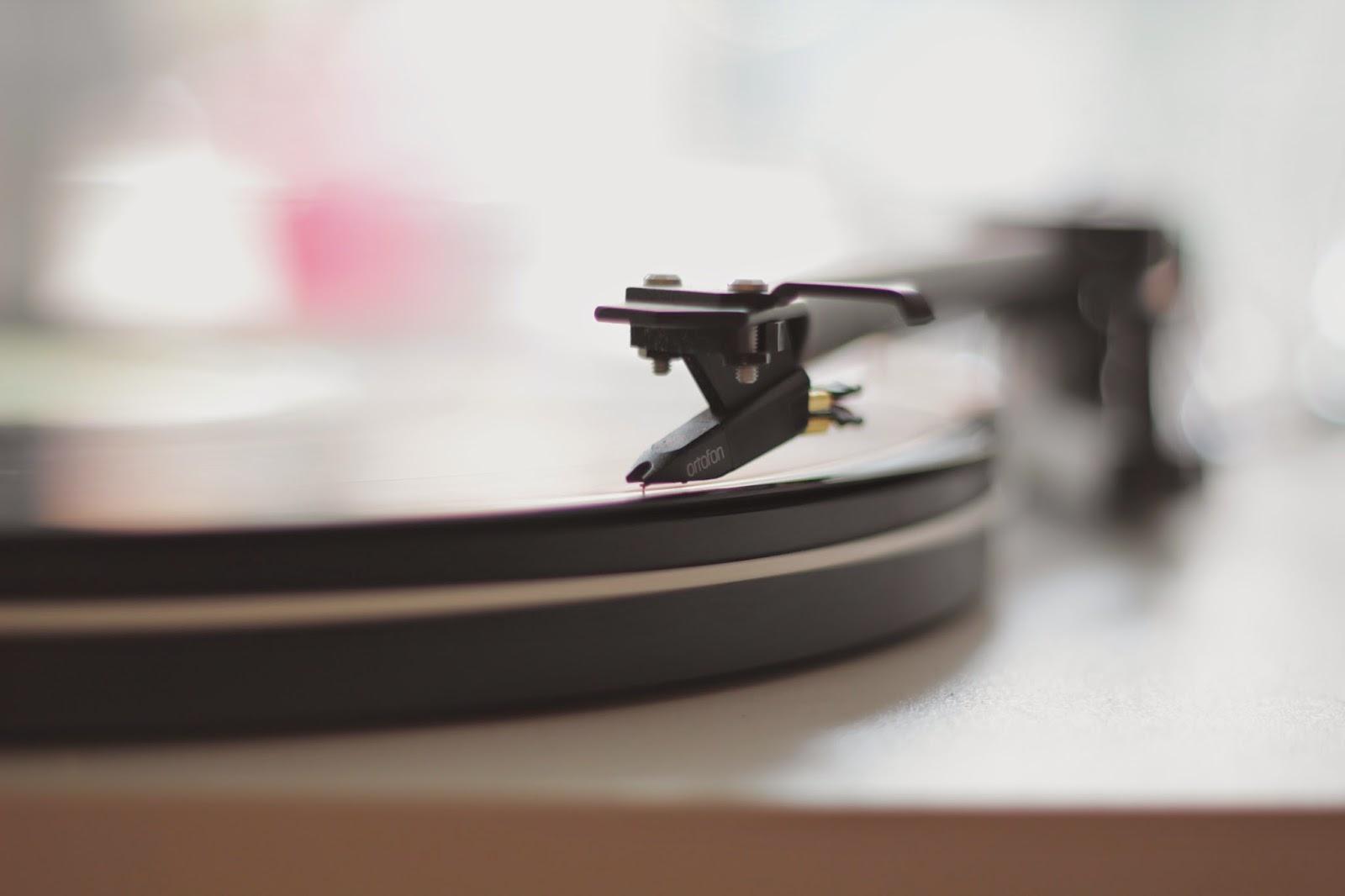 start, gramofon, początek, powitanie