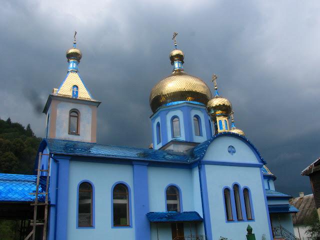 церковь в Карпатах