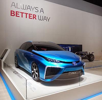 Toyota'dan geleceğin sedanı