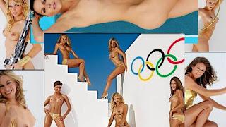 Mujeres deportistas se desnudan