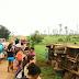 Ônibus escolar capota e alunos ficam feridos em Santana do Acaraú