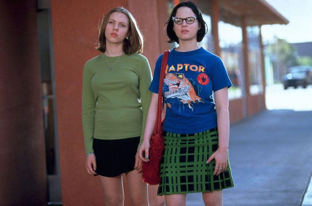 Ghost World película cómic Thora Birch Scarlett Johansson