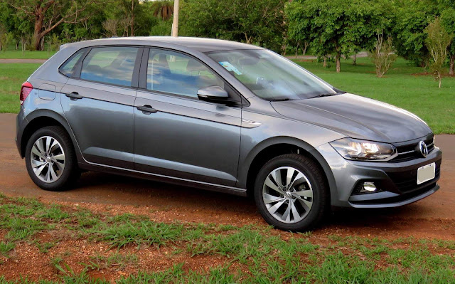 VW Polo 2018 200 TSI Comfortline - Cinza Platinum
