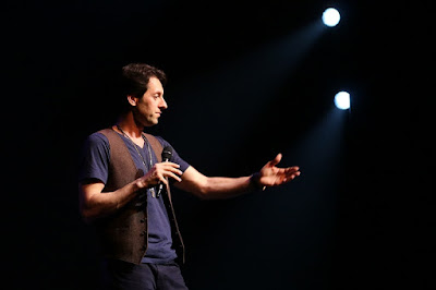 10 Strategi Agar Lolos Audisi Stand Up Comedy
