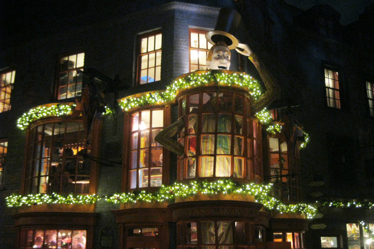 Weasleys Wizard Wheezes Christmas