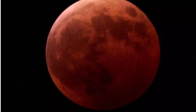 'Luna Roja