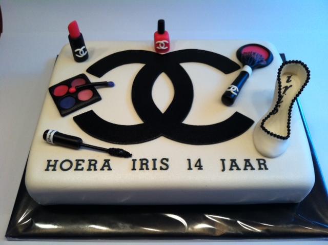 make up taart Chanel & make up taart | Taarten; Gemaakt door Jonne make up taart