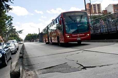 Acusan a funcionarios de Cemex y Asocreto por irregularidades en troncal de La Caracas