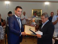 Don Tonci Jelinčić nagrada Općina Postira slike otok Brač Online