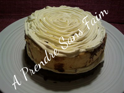 Gâteau vanille Nutella, praliné aux noisettes et crème à la  fleur d'oranger (pas à pas)