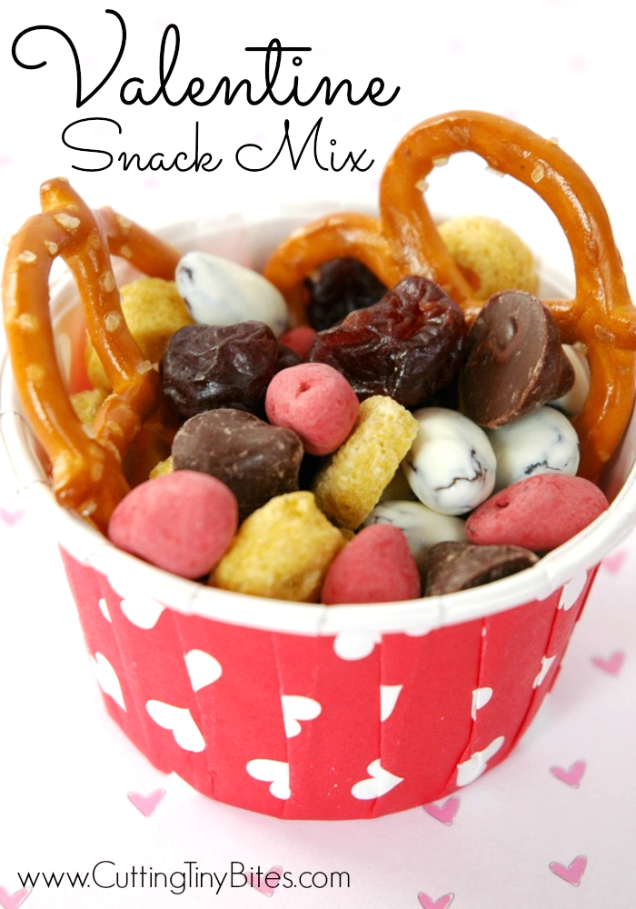 Valentine Snack Mix. Healthy choice for toddlers, preschoolers, or older children!