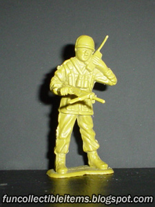 Recon plastic toy soldier