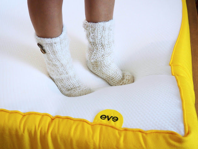 Eve Mattress Review and Unboxing Vlog