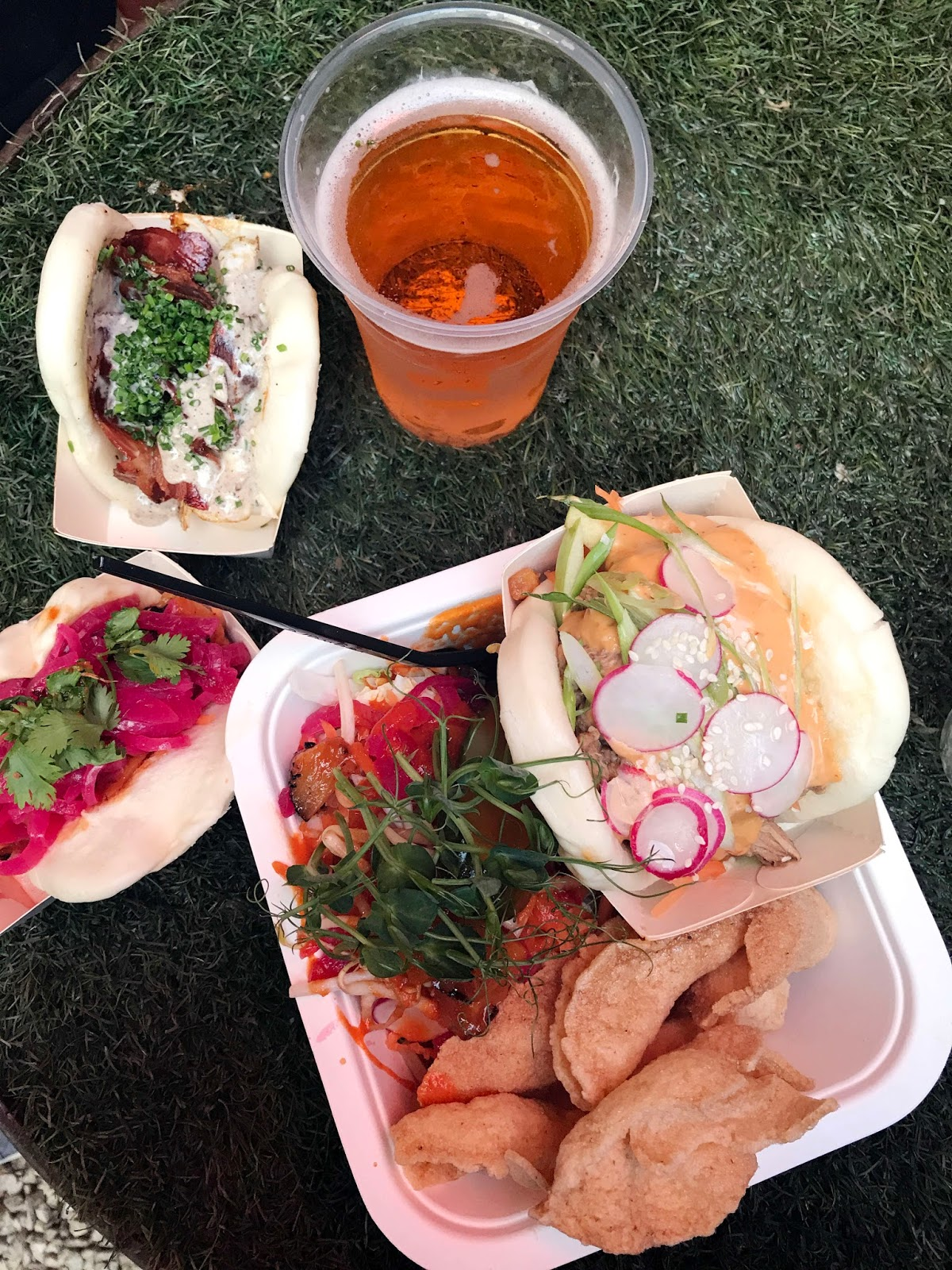 Stitch & Bear - Eatyard - Pow Bao selection