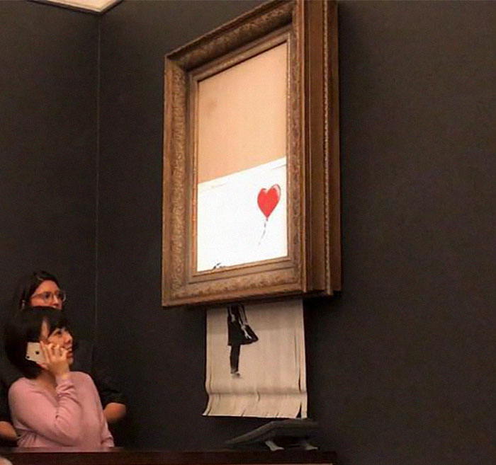 Artist Notices That Something Is Not Right In Banksy Shredding And Reveals The Truth Behind It