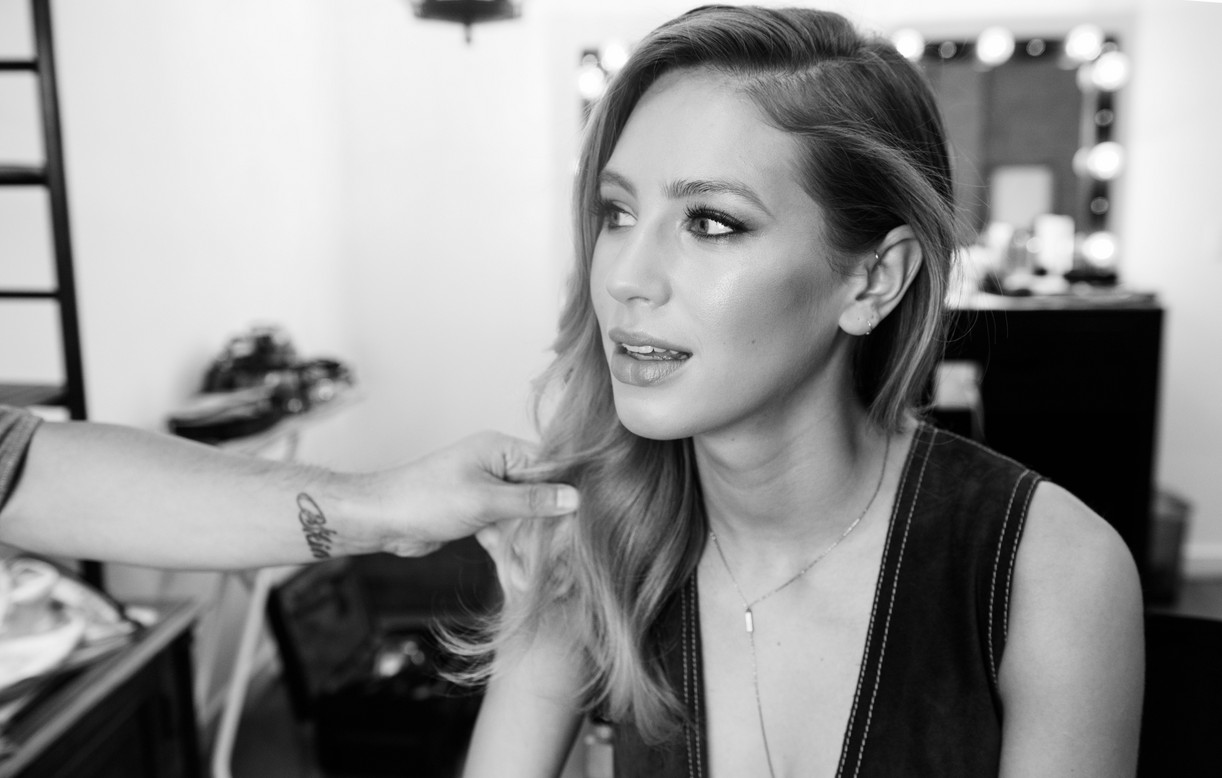 Dylan Penn / Behind The Scenes: Beauty Feature