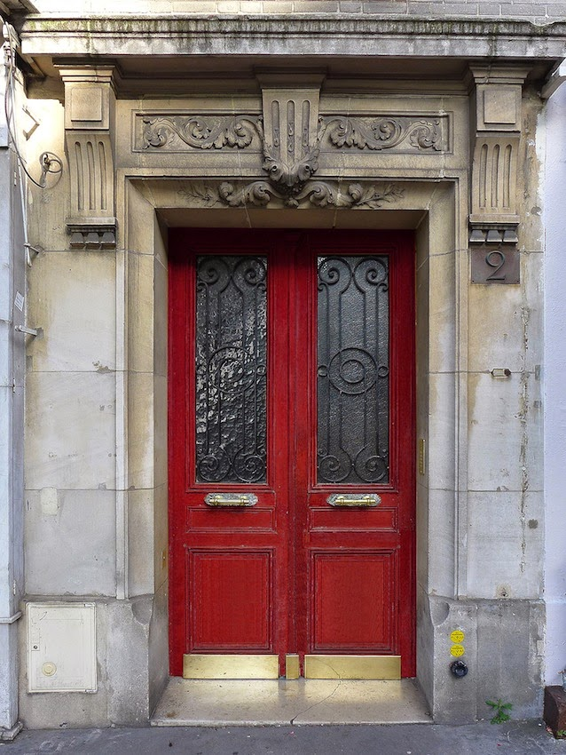 For a while I\u0027ve been inadvertently collecting Paris doors. Here is a typical Parisian door. & bbonthebrink: Doors Galore