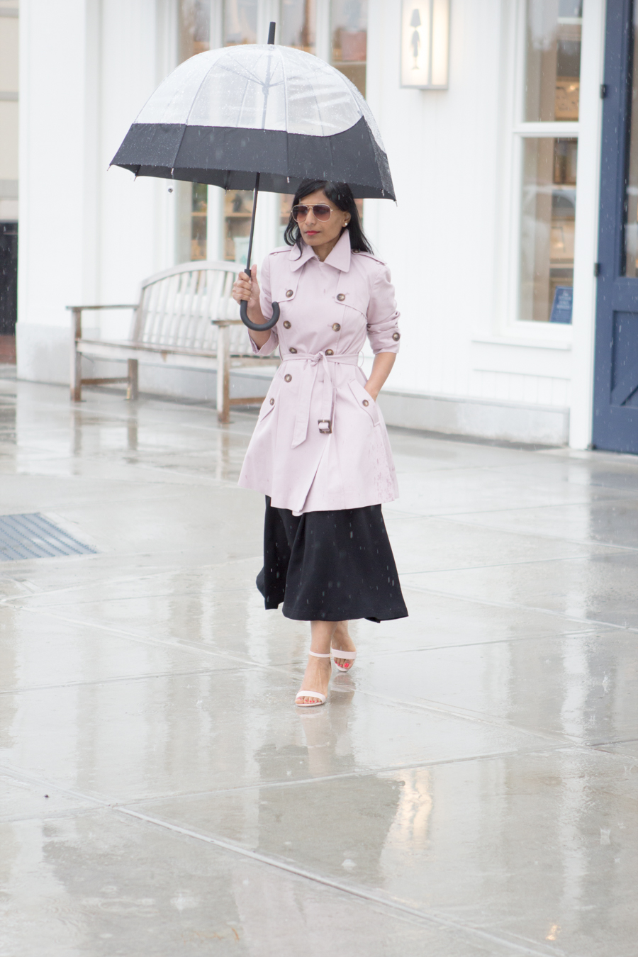 trench, trench coat, rain coat, spring topper, easy chic, preppy chic, blush coat, blush sandals, midi skirt, full black skirt, red lips, hunter, mommy style, mom style, petite fashion, boston