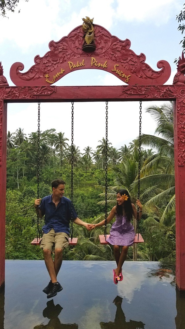 holding-hands-bali-swing