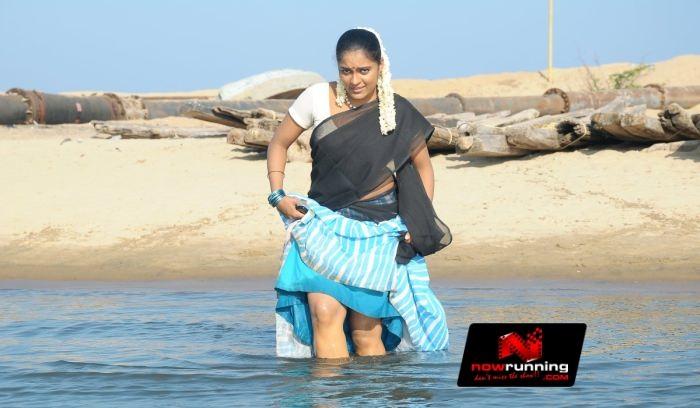 Indian Aunties And Girls Aunties And Actress Saree Uplift -7434