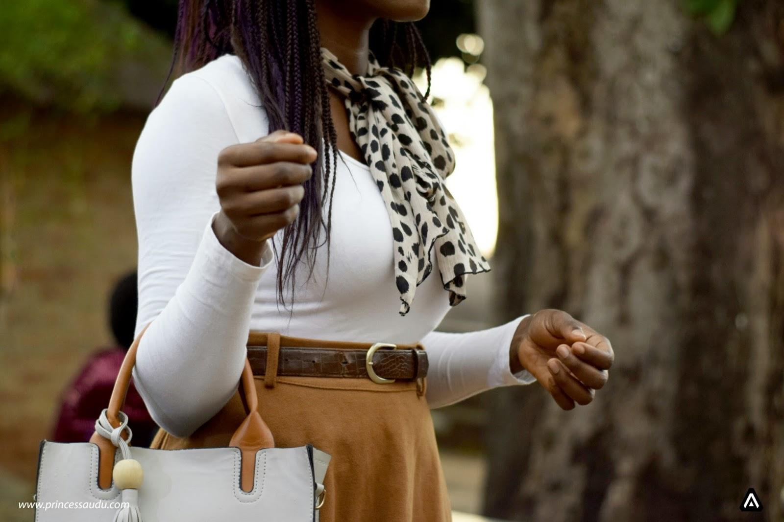 white shirt, details