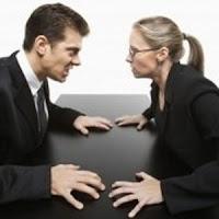 Las 10 conductas femeninas que más molestan a los hombres